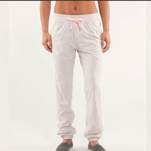 Lululemon Work it Out Track Pant. Size 4.